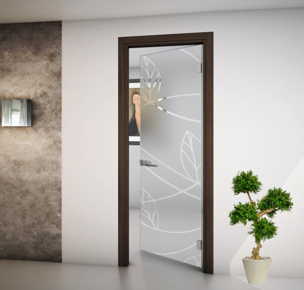 Internal swing door with satin glass or drawings. SIZE 82x212 wall mounting