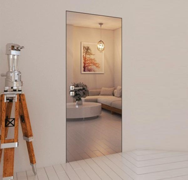 Flush-to-wall mirrored doors