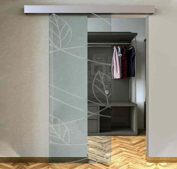 Transparent External Sliding Glass Door with Sandblasted Designs