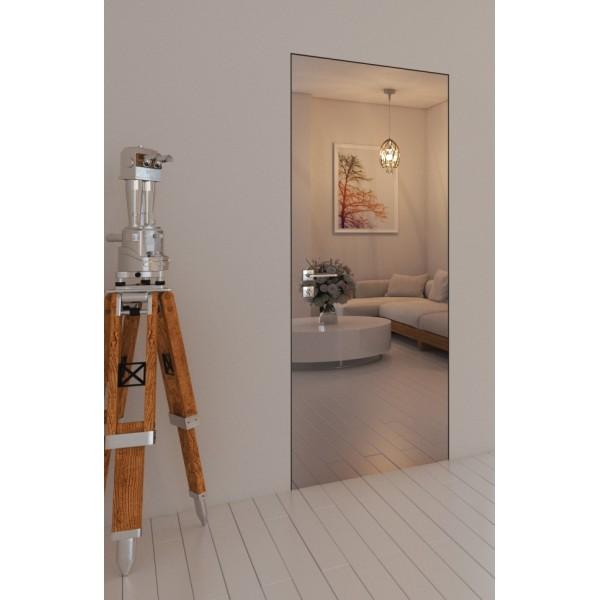 Porte filo muro specchiate la continuità del muro a specchio